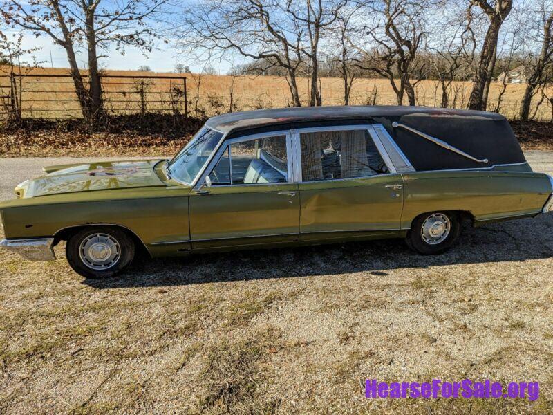 1966 Pontiac Bonneville Hearse